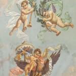 """Stemma del Comune di Forlì """"smontato"""" dagli angeli. Soffitto della sala del Bibiena. (sala del Consiglio comunale)."""